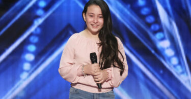 Vote for Roberta Battaglia America's Got Talent (AGT) 11 August 2020 Quarterfinal Voting App Toll-Free Text Number Online